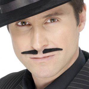Moustache noire élégante