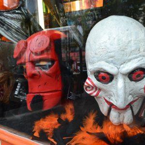Vitrine Clown Halloween au Clown de la République