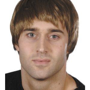 Perruque courte garçon brune