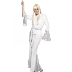 Femme disco en blanc