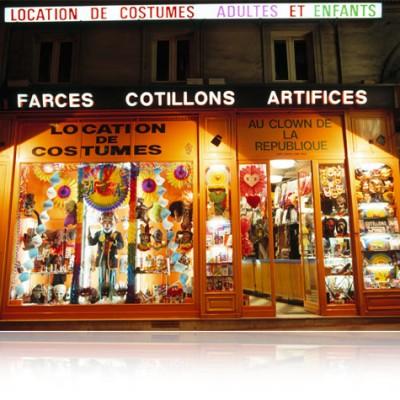 Boutique : Clown de la République 11 Boulevard Saint-Martin, 75003 Paris MÉTRO : RÉPUBLIQUE -Sortie Boulevard St-Martin Téléphone : 01 42 72 73 73 ; tout un programme