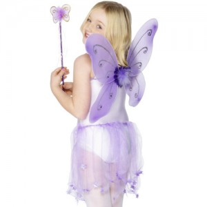 Costume de papillon avec des ailes coloris violet